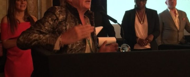 Susan Morrice accepting GetEnergy Award for BNE May 2017
