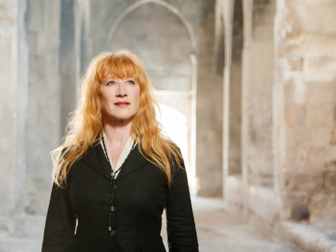 Loreena McKennitt at eTown June 11